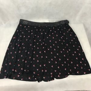Torrid, Size 22, black hummingbird skirt, cute!